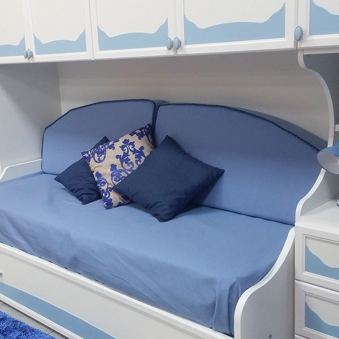 Cameretta a ponte con fianco sagomato e divano letto mondo camerette - Divano letto 160 cm mondo convenienza ...